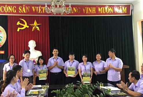 Hội Nông dân tỉnh công bố quyết định thành lập Ban Xây Dựng Hội